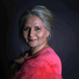 Nighat Bhola